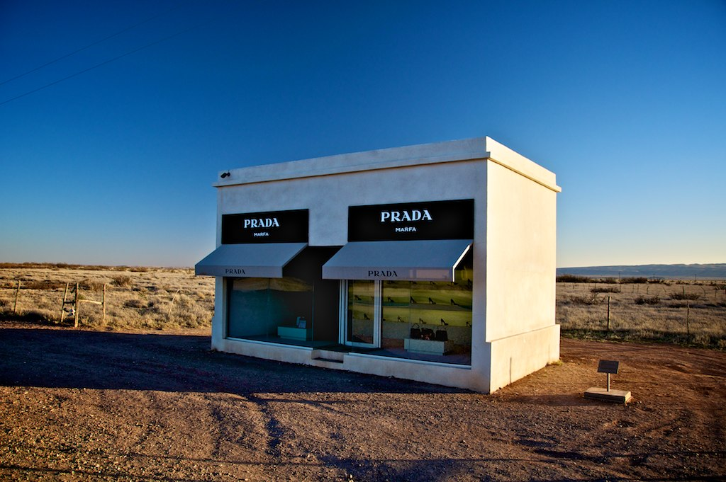 A photo of the faux-Prada store in Marfa, Texas.